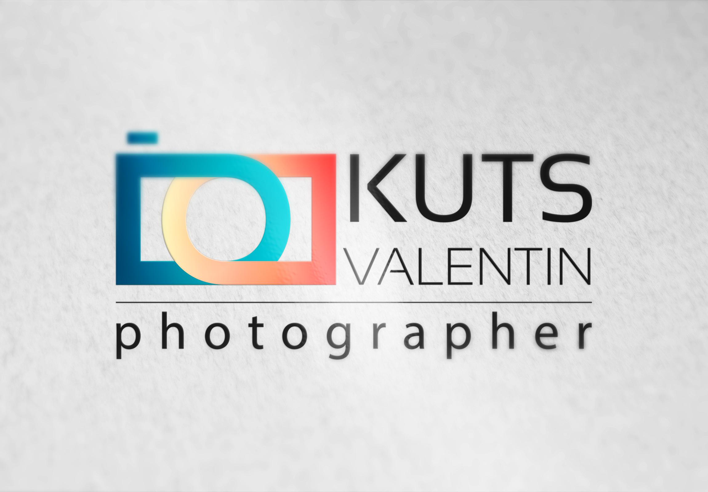 Логотип для фотографа Валентина Куца